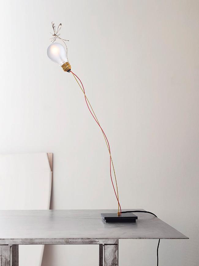 nachttisch holzstamm tisch aus baumscheibe selber machen beste baumstamm als nachttisch with. Black Bedroom Furniture Sets. Home Design Ideas